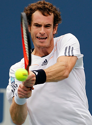 Andy Murray will take on the winner of the Novak Djokovic-David Ferrer match on Monday.