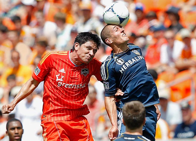 Grant Wahl analyzes the key matchups between the Galaxy and the Dynamo in the upcoming MLS Cup.