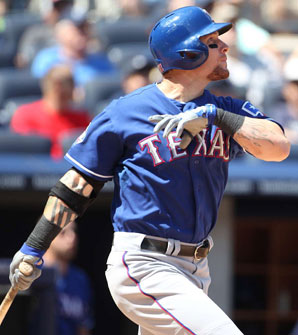 Despite reports indicating he could go elsewhere, it might make the most sense for Josh Hamilton to stay with the Rangers.