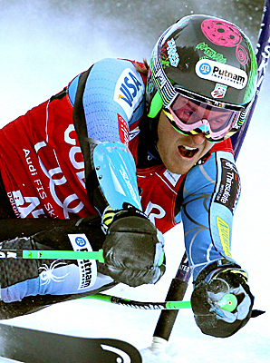 Ted Ligety cruised to his third GS win of the season by a large margin, giving the U.S. team two wins in two days.
