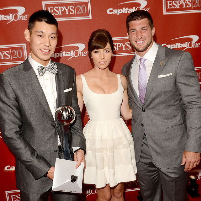 Lin won the ESPY for Breakthrough Athlete of 2012 in July. He celebrated by wearing a bow tie and spending time with Jessica Biel and Tim Tebow.