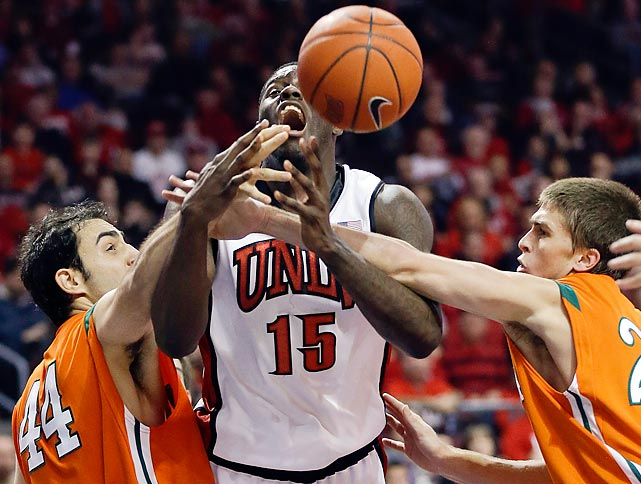 UNLV's Anthony Bennett was fouled by LaVerne's Alex Wolpe. The Rebels won easily over the Leopards, 91-44.