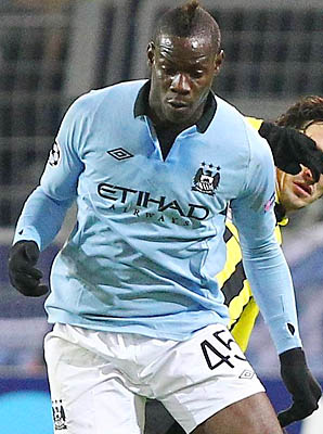 Mario Balotelli and Manchester City are in second place in the Premier League.