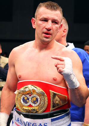 Tomasz Adamek won a 12 round split decision over Steve Cunningham.
