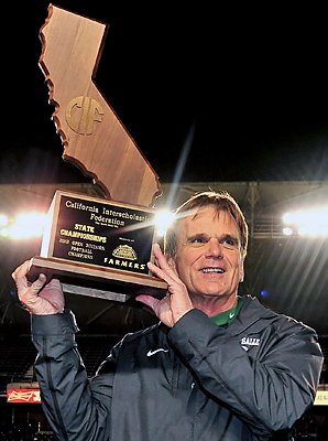 Bob Ladouceur leaves with a 399-25-3 record after 34 years.