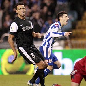 Luis Alfonso found the net in the second half to lift Deportivo La Coruna.