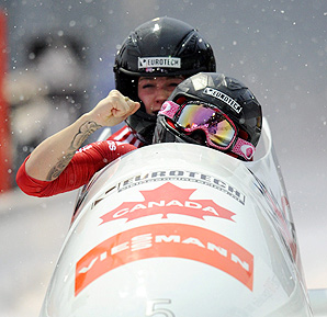 Kaillie Humphries (front) and Chelsea Valois beat German rival Cathleen Martini.