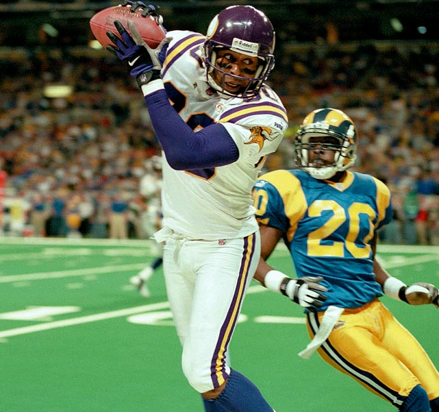 After alcohol and drug abuse problem led to Cris Carter leaving Philadelphia, the wide receiver rebounded to build an impressive career with the Minnesota Vikings. A frequent red zone target throughout his career, Carter led the league in touchdown receptions three times and has the fourth-most career scoring catches. The former Buckeye managed to succeed at the professional level no matter who was throwing to him, posting 1,000-yard seasons with Jim McMahon, Warren Moon, Brad Johnson, Randall Cunningham and Daunte Culpepper at quarterback.