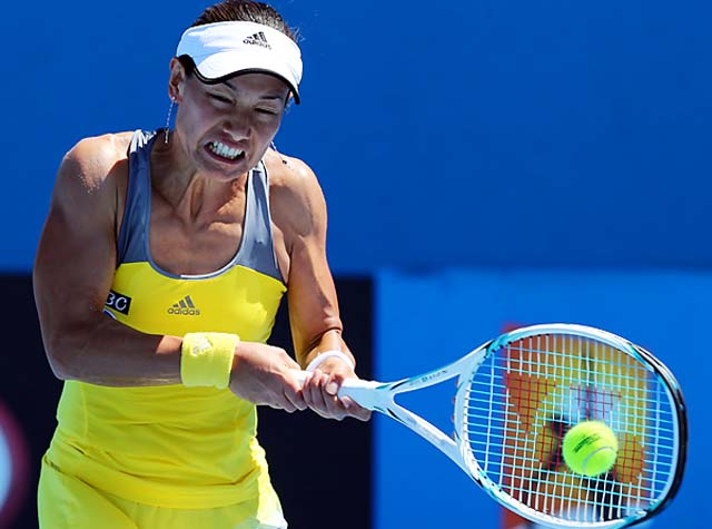 Kimiko Date-Krumm will face Shahar Peer in the second round of the Australian Open.
