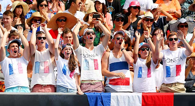 Even more Tsonga fans.