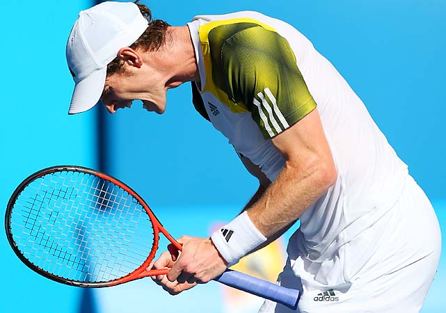 No. 3 Andy Murray beat Ricardas Berankis 6-3, 6-4, 7-5 and hasn't dropped a set yet.