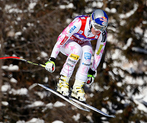 Linsey Vonn Vonn covered the Olympia delle Tofane course in 1 minute, 38.25 seconds, nearly a half-second faster than Tina Maze.