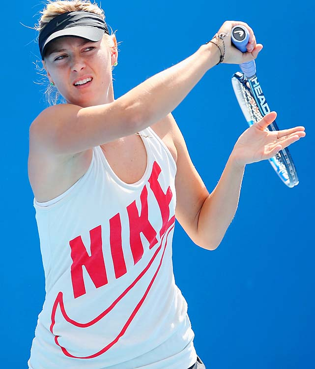 No. 2 Maria Sharapova practices a day before her semifinal against No. 6 Li Na.