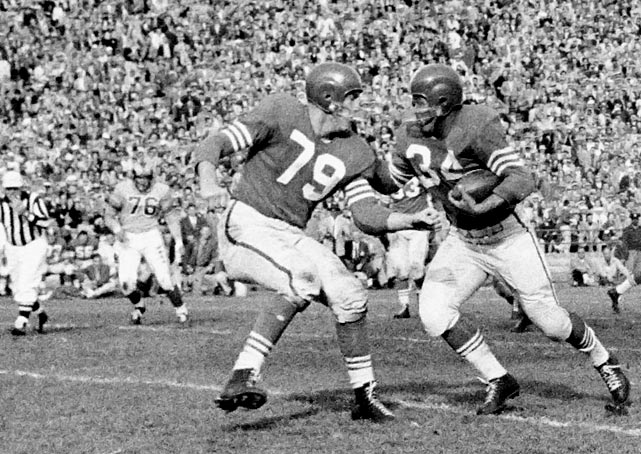 "His teammates called him ""The Geek,"" but no one was going to stuff this guy in a locker. Channeling his power and strength, St. Clair was often used to block, especially in goal-line situations. The 49ers' captain from 1957 to '59, he got into politics as his football career wound down due to injuries, even acting as the Mayor of Daly City, Calif., from '61 to '62."
