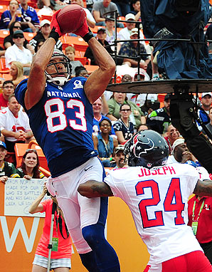 The NFC dominated the AFC 62-35 on Sunday in the Pro Bowl.