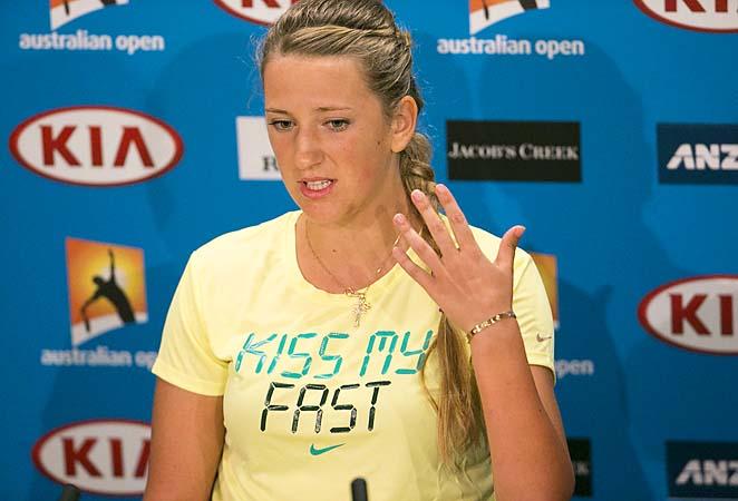 Victoria Azarenka made an interesting attire choice for explaining her medical timeout.