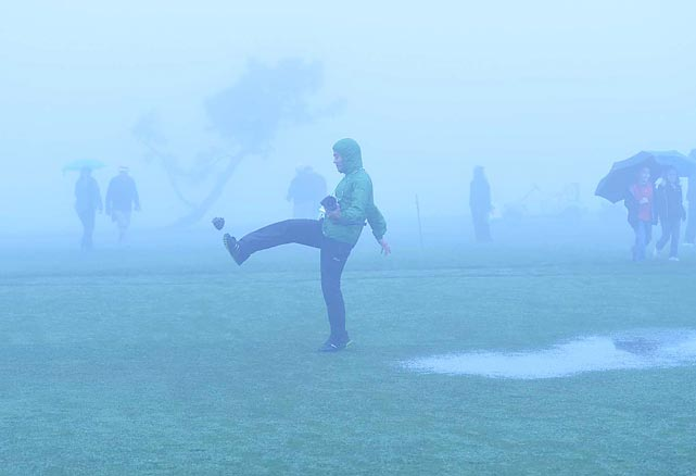When thick fog delayed the third round, spectators had nothing to do but get their kicks with the cones on the course at Torrey Pines in San Diego.