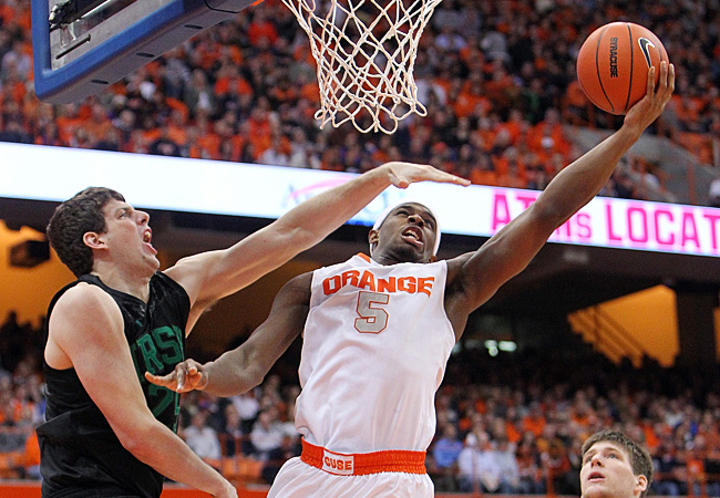 C.J. Fair scored 18 points as Syracuse bounced back from losses at Villanova and Pitt.