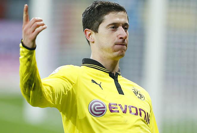 Robert Lewandowski ranks second in the Bundesliga with 13 goals this season.