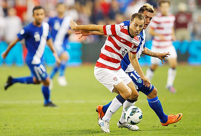Steve Cherundolo is in the mix to be a starting defender for the U.S. at the World Cup.