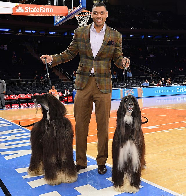 "The Knicks' assistant GM pawsed with two pooches from the Westminster Dog Show before his team proved to be Best in Show against the Detroit Pistons at Madison Square Garden where Buck Laughlin was overheared asking, ""Now tell me, Allan, which one of these dogs would you want to have as your wide receiver on your football team? And to think that in some countries these dogs are eaten."""