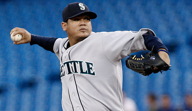 Felix Hernandez and Seattle have been working to finalize a seven-year, $175 million deal.