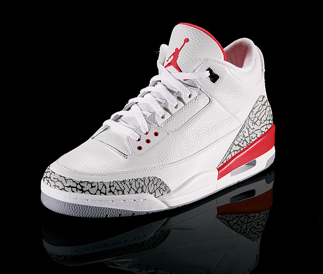 The first sneaker to bear the 'Jumpman' logo, the Air Jordan III was reportedly Jordan's favorite sneaker. While wearing them, he won his second straight dunk contest and his first NBA MVP.