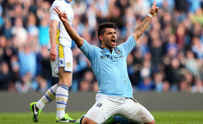 Sergio Aguero scored two goals in Manchester City's 4-0 victory over Leeds United.