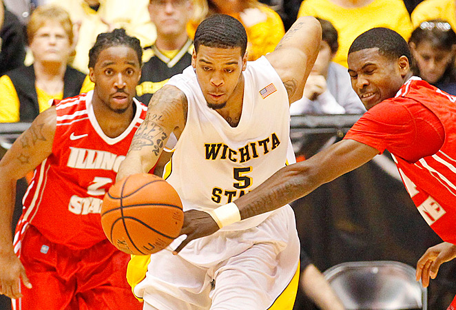 A blunder by officials gave Wichita State a 68-67 victory over Illinois State on Sunday.