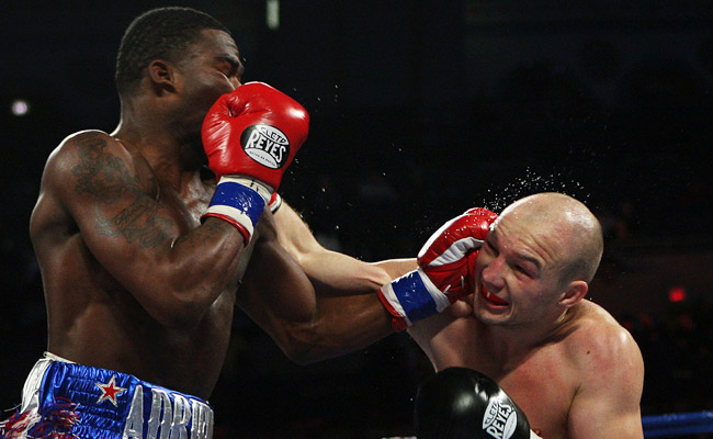 Adrien Broner (left) defeated Gavin Rees with a TKO in the fifth round on Feb. 16.