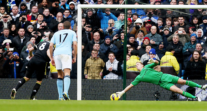Man City goalie Joe Hart stopped Frank Lampard on a second-half penalty kick to preserve his shutout.