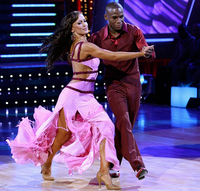 The professional boxer finished in 9th place with dancing partner Karina Smirnoff.