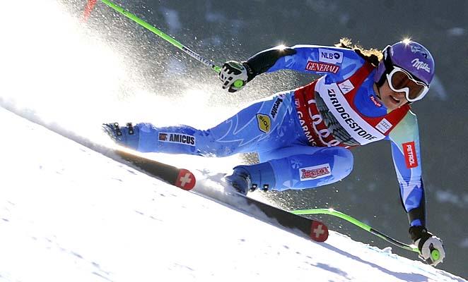 Tina Maze finished fourth in Sunday's super-G at Garmisch-Partenkirchen.