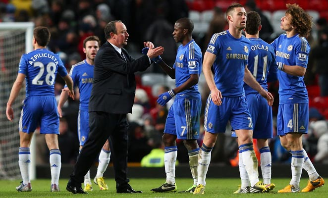 Chelsea manager Rafa Benitez congratulates Ramires after the Brazilian's goal forced an F.A. Cup replay.
