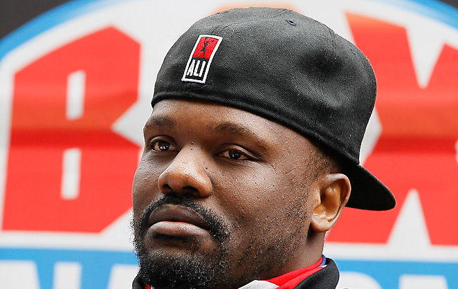 Dereck Chisora had his license returned after a yearlong suspension following a press conference brawl.