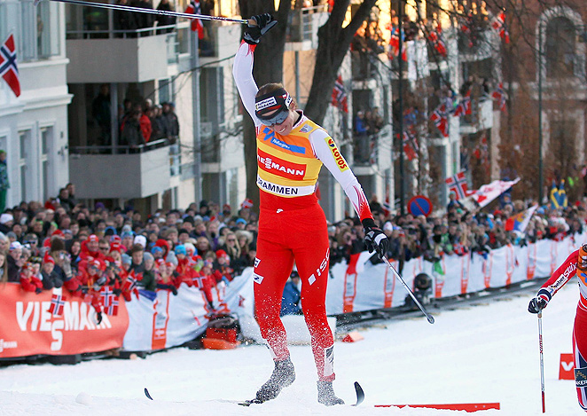 Justyna Kowalczyk won cross country skiing World Cup overall titles from 2009 to 2011.