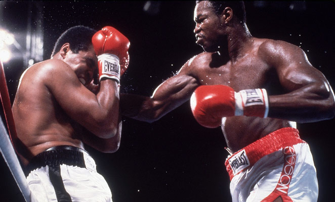 . Larry Holmes (right) defeated Muhammad Ali with an 11th-round knockout in Oct. 1980.
