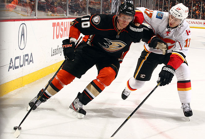 Corey Perry's contract extension will keep him with the Anaheim Ducks for another eight years.