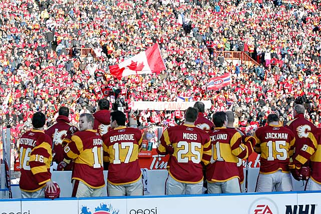 The Flames entered to a heroes' welcome from the crowd of 41,022. The event also featured an alumni game between members of Calgary's 1989 Stanley Cup championship team and some Montreal notables, as well as AHL and WHL games.