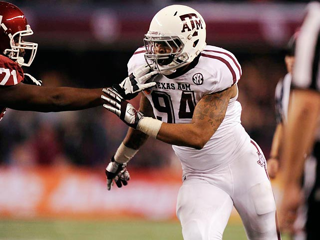 Moore incredibly led Texas A&M in tackles while playing end, making 85 tackles, including 21 for loss. A speed rusher, he got 12.5 sacks and consistently performed well, even when battling injuries. His strength is certainly a negative, as Moore benched just 12 reps at the combine --Ansah had 21 and Werner had 25. The All-American has good length to allow him to grab QBs and ballcarriers.