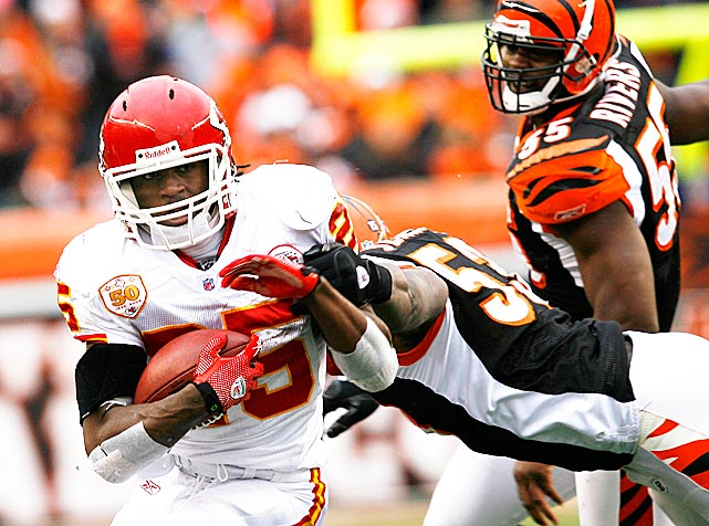 Jamaal Charles had received an early birthday present in November when the Chiefs released problematic starting running back Larry Johnson for, among other things, using a gay slur on Twitter. In Johnson's absence, Charles carried the ball 24 times for 102 yards on his 23rd birthday -- a 17-10 loss to Cincinnati. It was the third consecutive 100-yard game for Charles and set the stage for a franchise record-breaking 259-yard outing the following week.