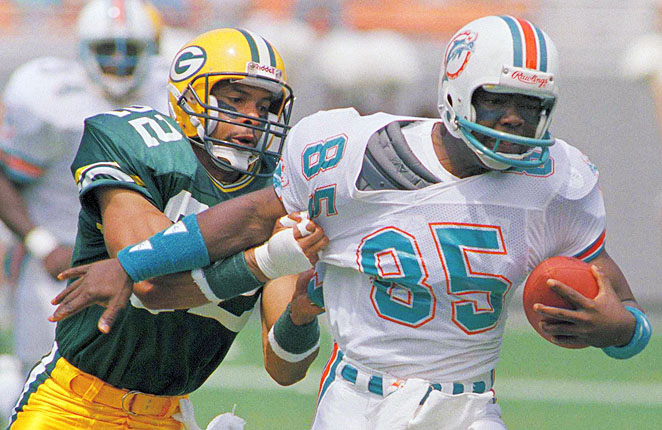 Mark Duper caught 511 passes for 8,869 yards in his 11 seasons with the Miami Dolphins.