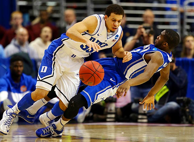 <bold>Duke battled foul trouble and poor shooting to survive Creighton in the Round of 32, and Seth Curry's 17 points helped the Blue Devils live on to see the Sweet 16. Curry has 43 points through Duke's two tournament contests.</bold>