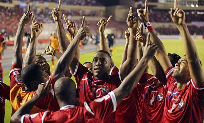 Panama celebrates after one of its goals in a 2-0 win over Honduras on Tuesday.