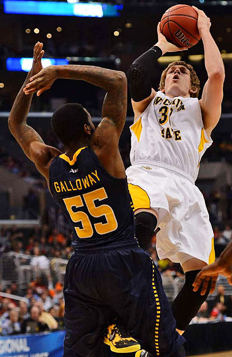 <bold>Ron Baker scored 13 points and grabbed five rebounds for the Shockers.</bold> <bold>Defeated Pitt 77-55</bold> <bold>Defeated Gonzaga 76-70</bold> <bold>Defeated La Salle 72-58.</bold>