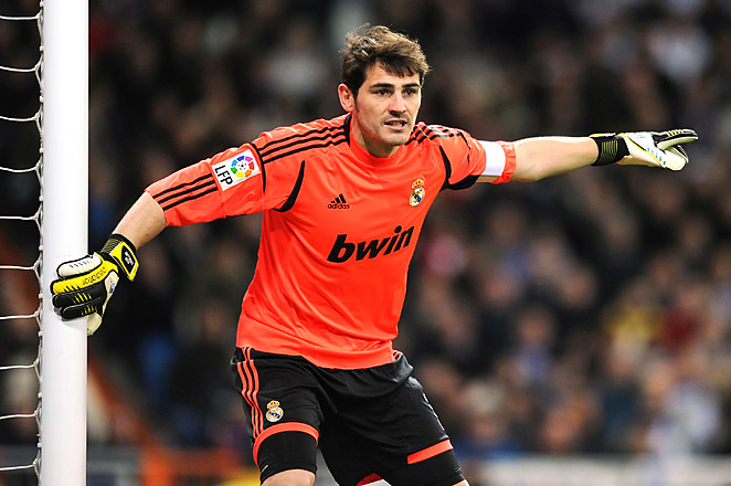 Iker Casillas was cleared to play after missing two months with a broken hand.