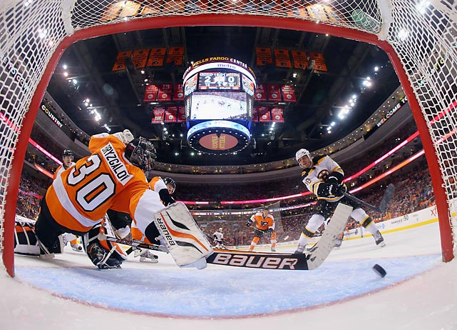 Nathan Horton (18) slips a shot past Flyers goalie Ilya Bryzgalov in the third period to put the Bruins on the board in their 3-1 loss in Philly.