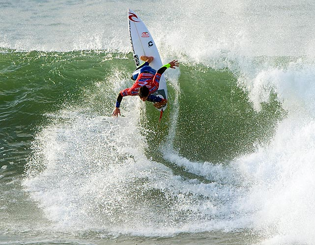 Brazilian surfer Gabriel Medina posts an 8.33 score to win his heat at the Rip Curl Pro in Bells Beach, Australia.