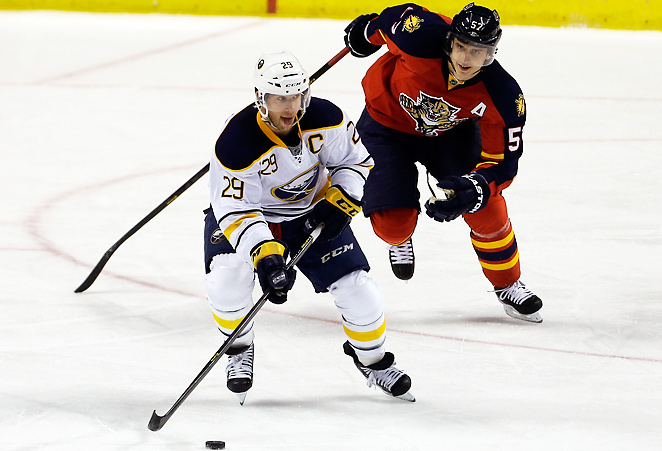 Minnesota added a nice piece for the stretch run by acquiring Jason Pominville (29) from Buffalo.