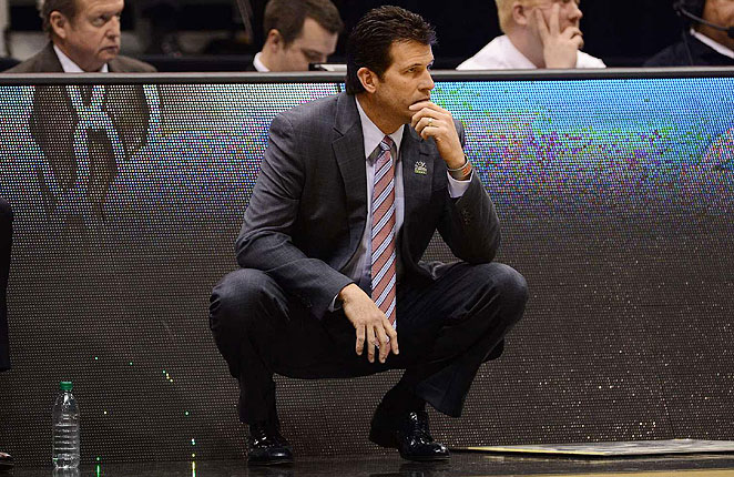 Steve Alford signed a 10-year contract with New Mexico just days before jumping ship for UCLA.